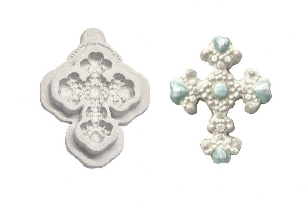 Katy Sue Moulds: Button-Beaded Cross